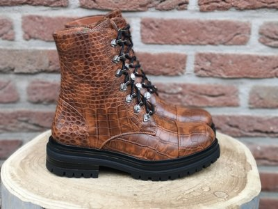 AMY CROC BOOTS BROWN