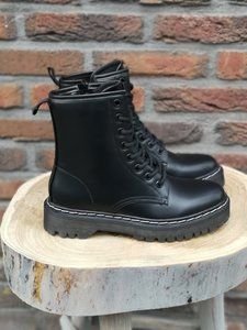 SANDY BOOTS BLACK